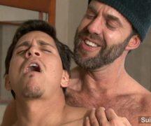 Videos de porno gay desse bandido safado estuprando safado