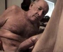 Daddy gay porn liberando gostoso