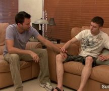 Porno gay de novinhos transando em casa