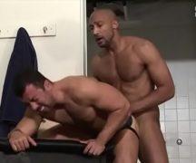 Videos porno gay brasileiros trepando com vontade